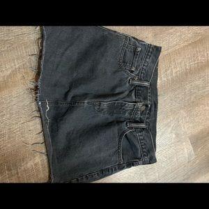 Levi's black skirt denim cut off size 27 small